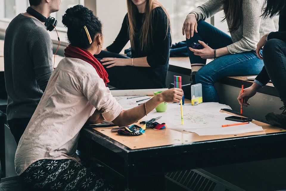 Un atelier pour faire vivre l'éducation populaire